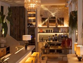 Madrid Restaurant Aüakt