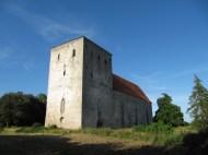 13. sajandil ehitati Eestimaal nii vägevaid kirikuid...