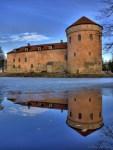Koluvere lossi peegeldus
