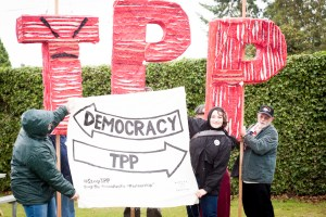 TPP vs democracy