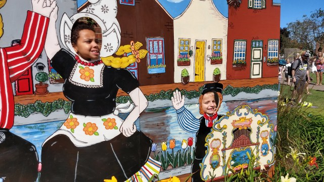 Another Family Trip To Nelis' Dutch Village