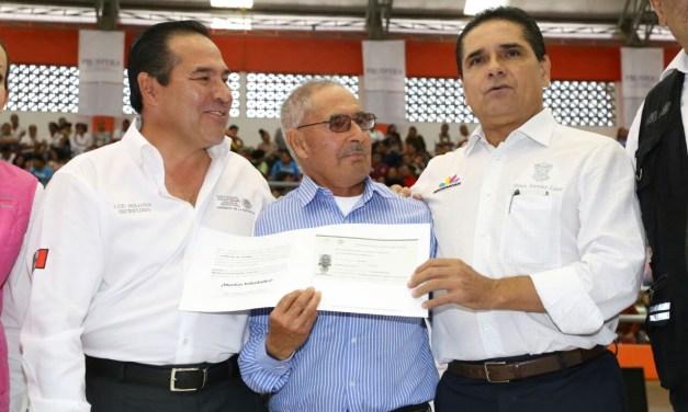 Apoyar a los michoacanos que menos tienen, nuestra prioridad: Silvano Aureoles