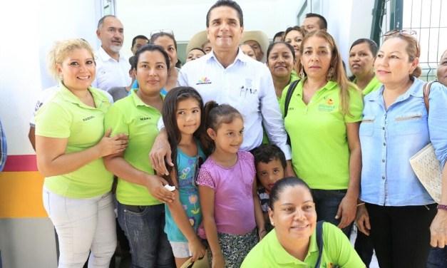 Avanzan compromisos con Apatzingán y su gente: Gobernador