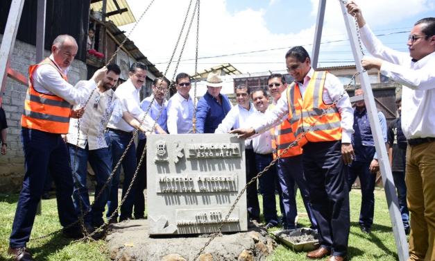 Inicia Gobernador trabajos para construcción del Mercado Artesanal y Gastronómico de Santa Clara del Cobre
