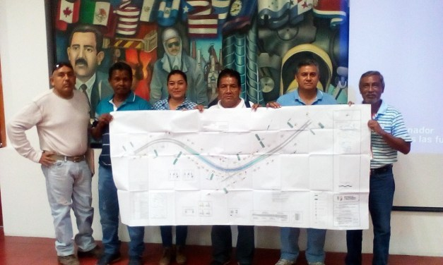 Reciben de Segob proyecto ejecutivo para puente vehicular vecinos de Las Guacamayas