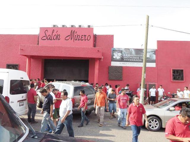 Sindicato minero alista banderas de huelga contra ArcelorMittal en LC