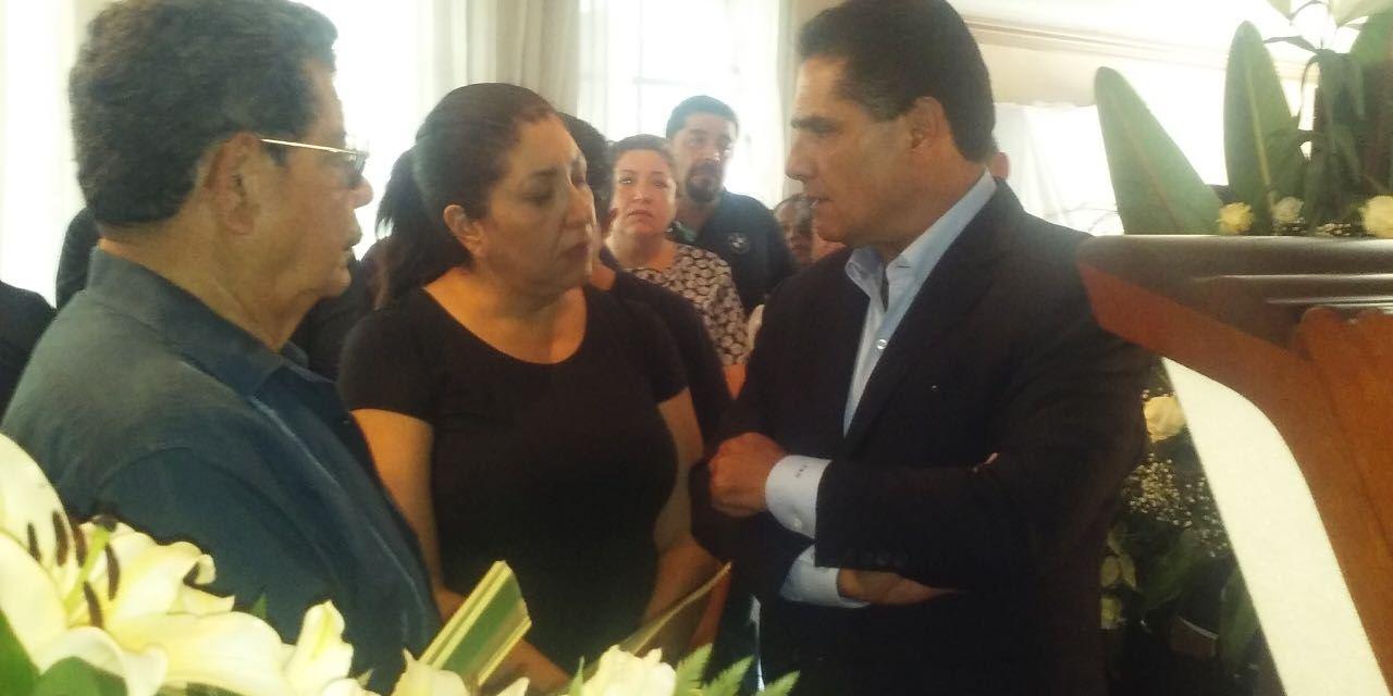 Ofrece Gobernador condolencias a deudos y habitantes de Venustiano Carranza