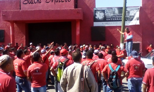 """Despojan de derechos sindicales a 3 mineros, por """"Defender el derecho Laboral del Obrero"""""""