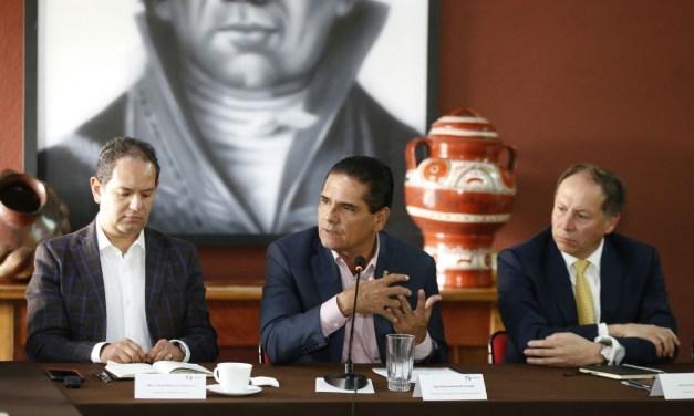 Acuerdan Gobernador y APEAM consolidar producción sustentable de aguacate michoacano
