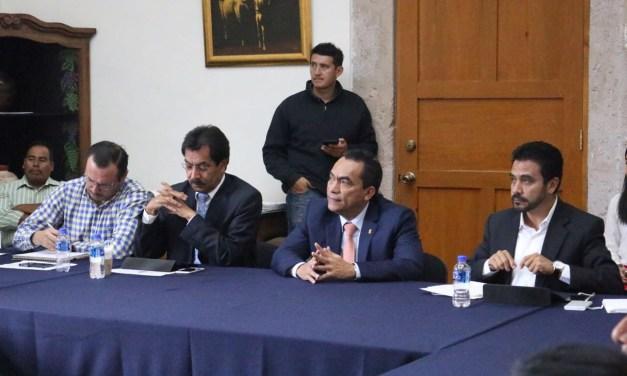 Atiende Gobierno del Estado a integrantes del Consejo Indígena de Michoacán