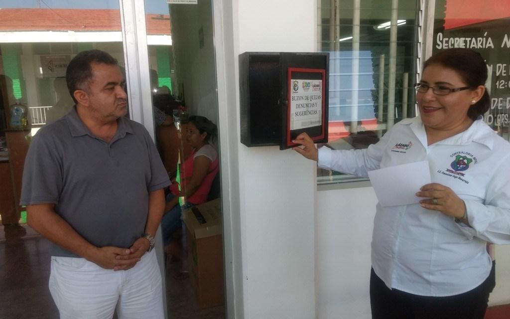 Contraloría Municipal revisa buzones para quejas de ciudadanos