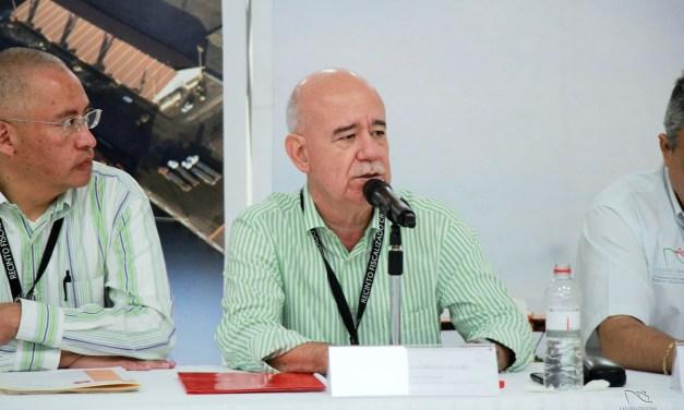 OFRECE DIRECTOR DE LA APILAC CONFERENCIA DE PRENSA  ANTE MEDIOS DEL PUERTO LÁZARO CÁRDENAS