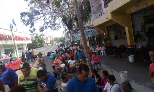 Se pone violenta la CNTE en Michoacán; amenaza con toma de vías y bloquear el puerto de LZC