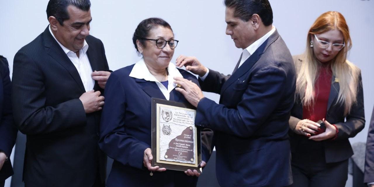 Profesionalización y salarios dignos para personal de enfermería: Silvano Aureoles