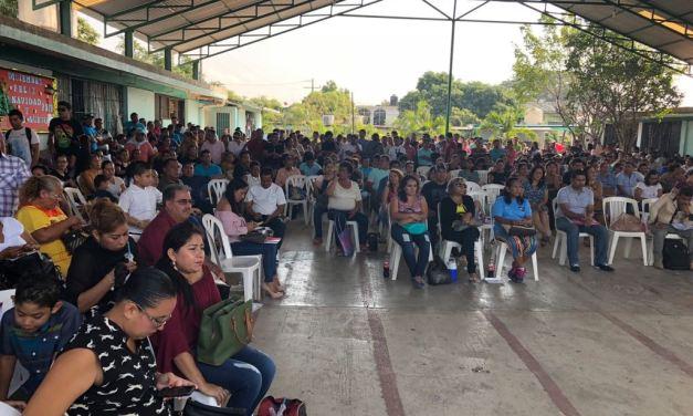 Continúa el repliegue de maestros de la CNTE en Las Guacamayas