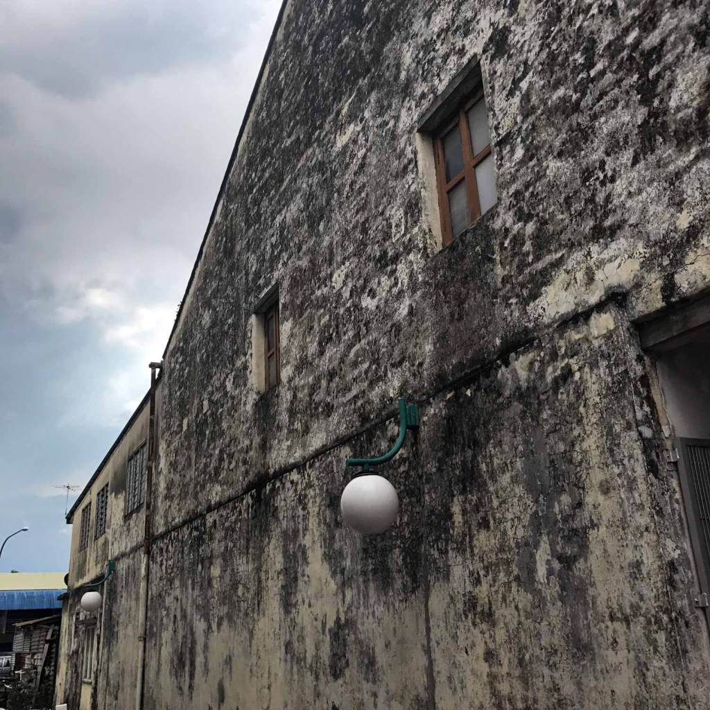 Kuching-Old-Buildings-02