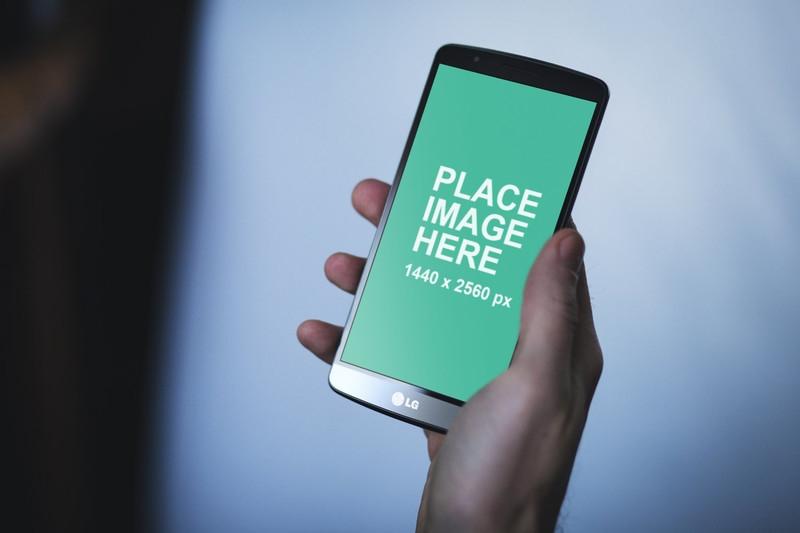 free mockup man using lg android phone
