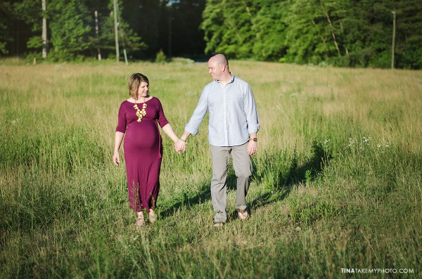 sunny-sweet-outdoor-country-maternity-photography-virginia (15)
