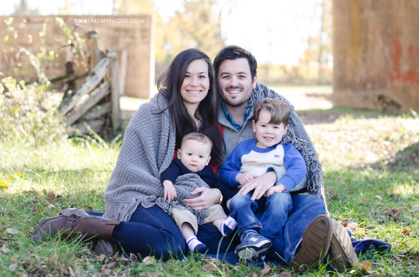 Richmond-Goochalnd-Sunny-Winter-Farm-Family-Session-Photographer (23)