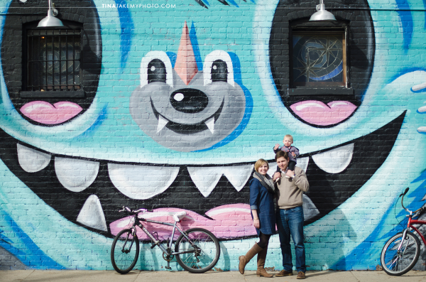 Richmond-RVA-Family-Photography-Session-The-Fan-Winter-City-Starlight-Mural-Baby-03