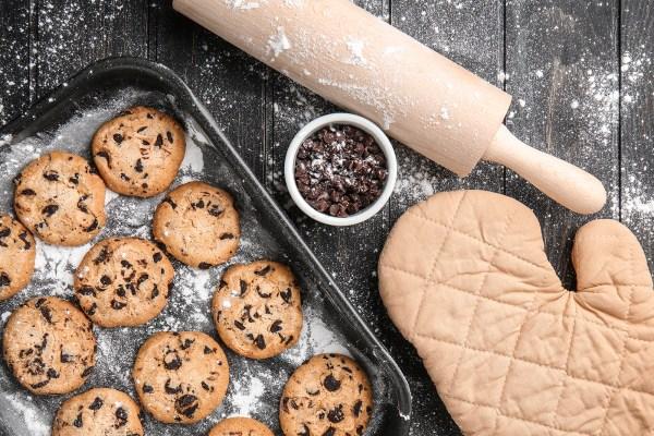 DIY Brand Photos flatlay baker