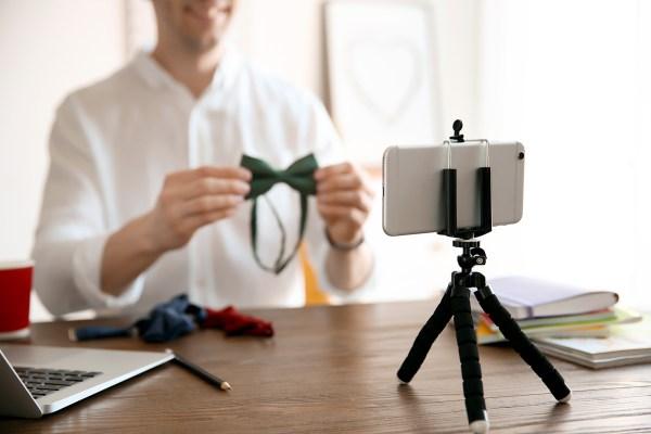 DIY Brand Photos phone tripod