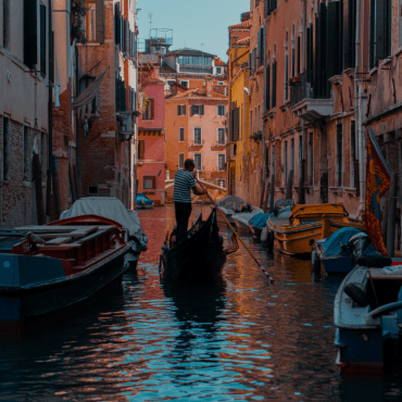Private Gondola Ride in Venice for Two