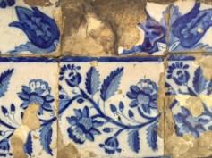 Kaputte Azulejos in Porto