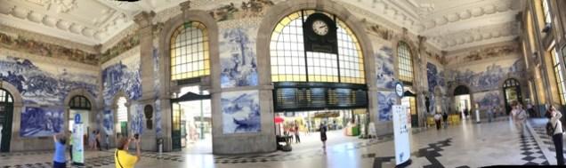 Bild aus Azulejos im Bahnhof Sao Bento von Porto