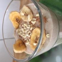 Bananen-Smoothie mit Mandeln