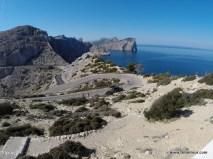 Die Straße zum Kap Formentor hat Charakter *gg*