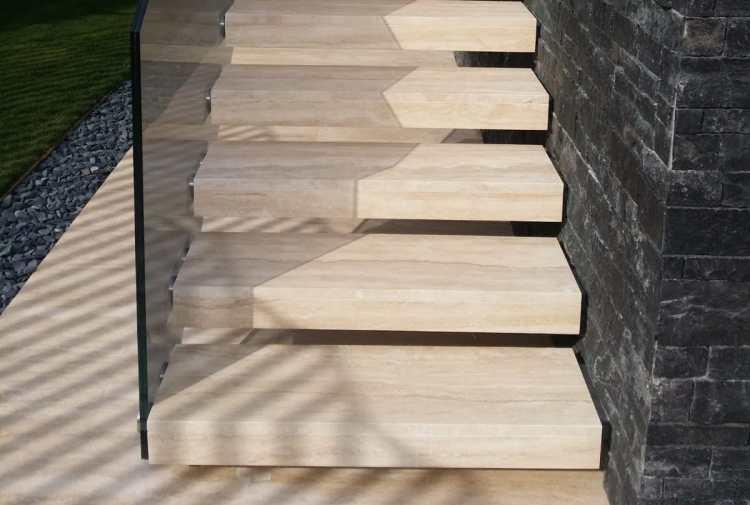 inspirasi tangga batu alam