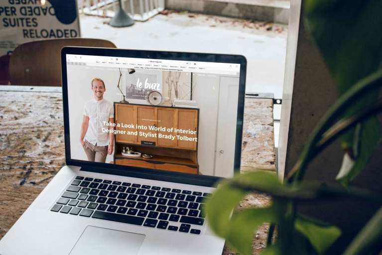 Website auf Laptop
