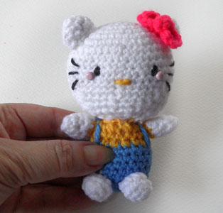 Hello Kitty, crocheted from the Hello KittyCrochet book