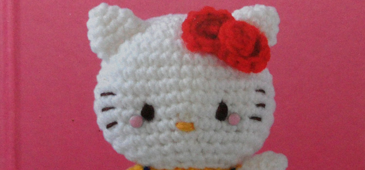 Hello Kitty Crochet Book Review