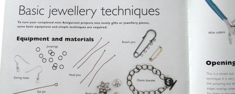 Mini Amigurumi - jewellery techniques