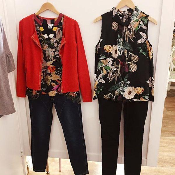 Nyinkommet från @2biz linnet till höger finns även 2 andra färger/tryck #new #fashionaddict #newin #tintino #tintinofashion #gothenburg #innerstadengbg #fashionclothing #cardigan #top #flower #flowerprint #print