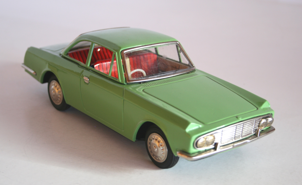 ASAHI ATC 60S 10 INCHES JAPAN FRICTION VINTAGE TIN TOY CAR TOYOTA SPORT 1960 Tin Toy Car