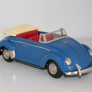 Nomura T.N Showa 60's Volkswagen Beetle Convertible Lited Piston Action Friction with Battery 9.75 inches (25 cm) original tin toy car