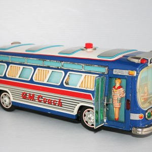 Yonezawa Rosko 60's GM Coach Passenger Bus Battery Operated 16.5 inches (42 cm) original tin toy car