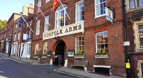 The Norfolk Arms, Arundel