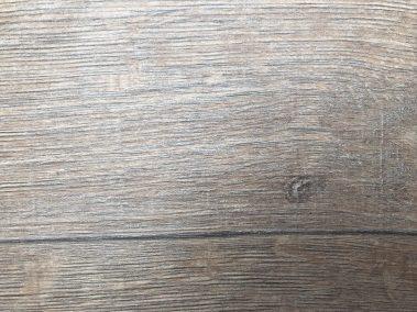 Altholzeiche Lehmgrau