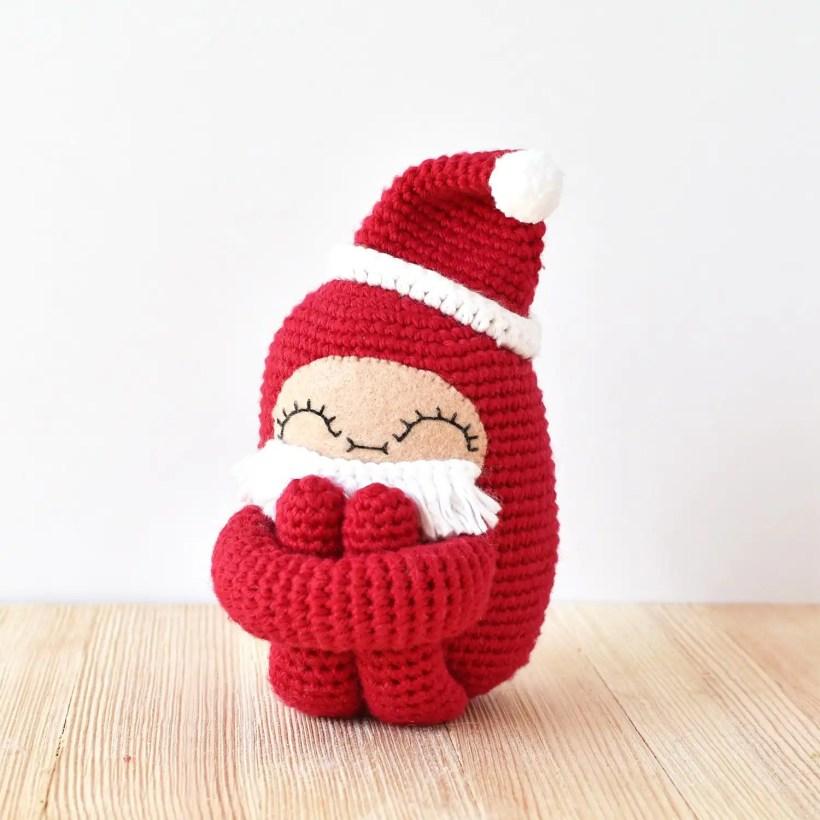 40 Crochet Doll Patterns (Clothing & Accessories) | AllFreeCrochet.com | 820x820