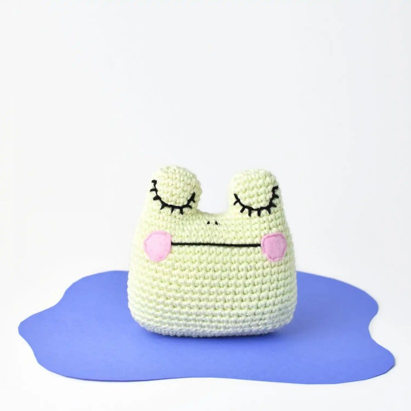Amigurumi Frog Free Crochet Pattern by Tiny Curl