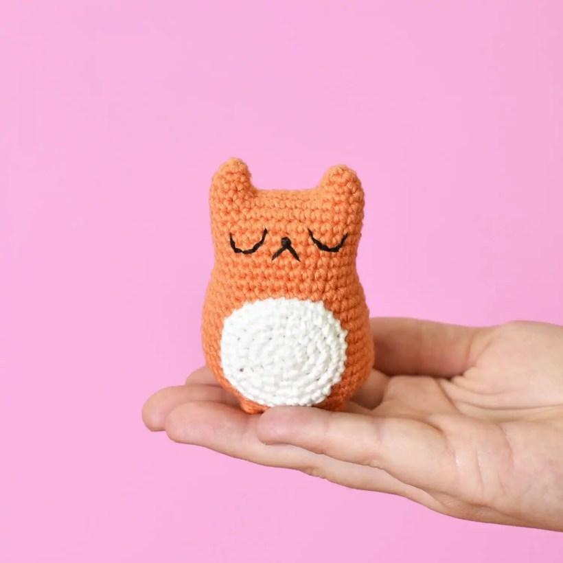 Tiny Cat Amigurumi Crochet Pattern | A Free Pattern by Tiny Curl