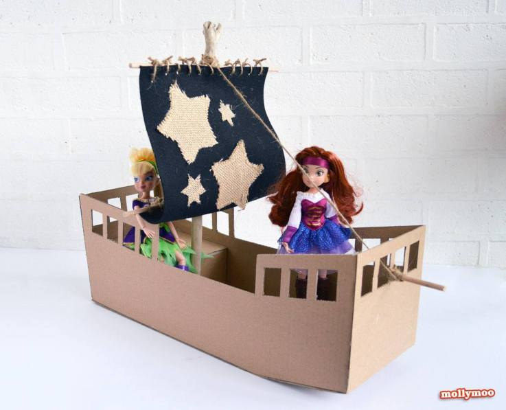 How to make a pirate ship out of cardboard
