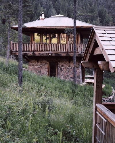 Judith Mountain Cabin - Exterior