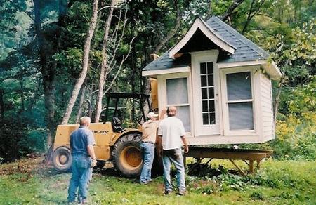 house-on-forklift