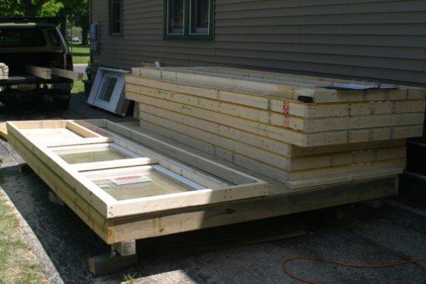 dennis-cabin-prefab-panels