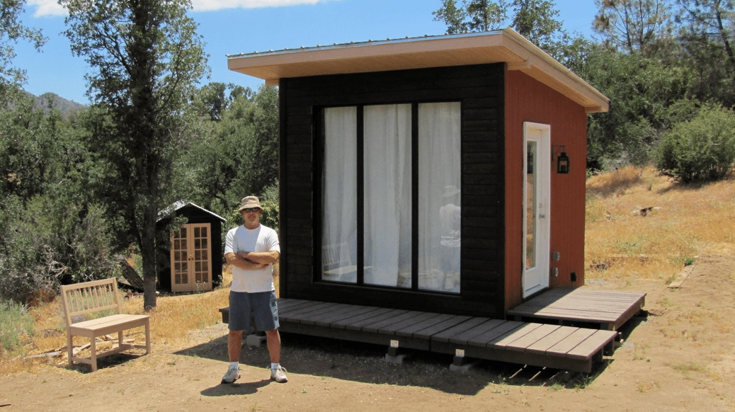 How to move yourself off the grid for Small off grid home plans